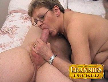 Freddies Brit granny 12 s 3 2